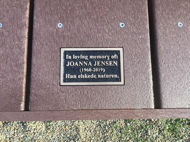 Plaque stating in loving memory of joanna jensen 1960-2019